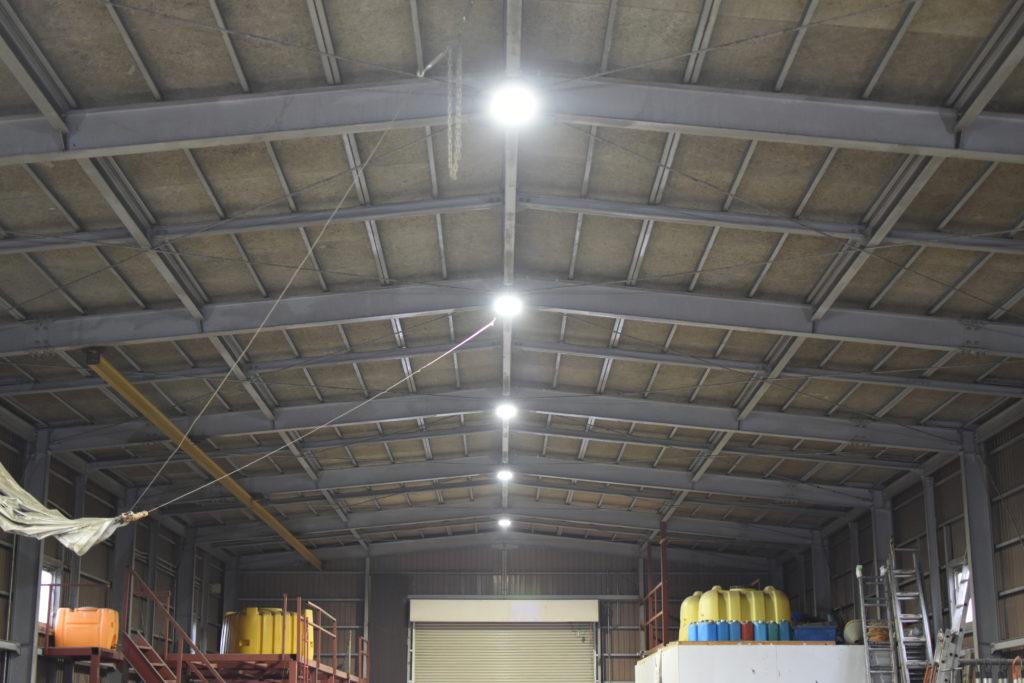 車庫LED化工事2